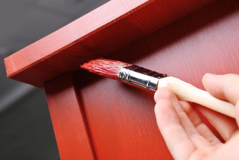 Pomysł na tanie DIY? Pomaluj swoje meble!