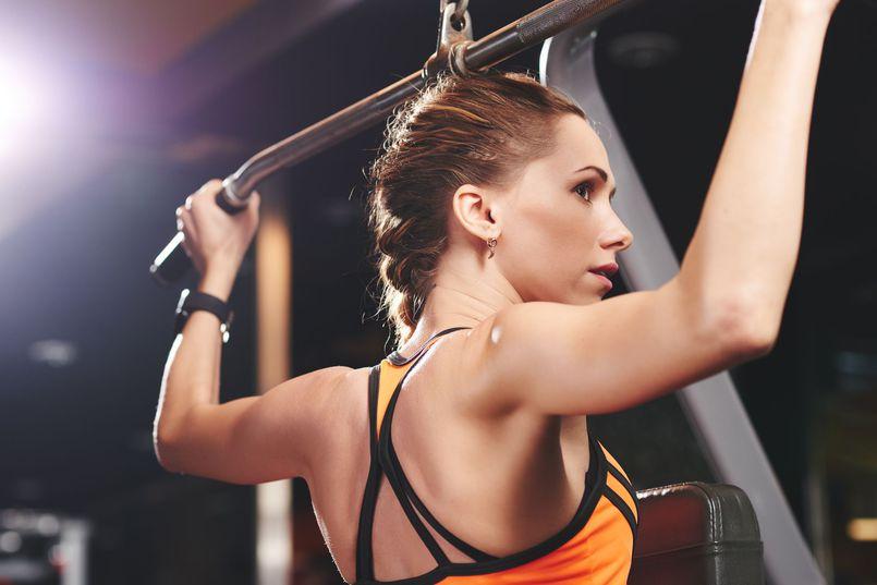 Ćwiczenia na piękne kobiece ramiona