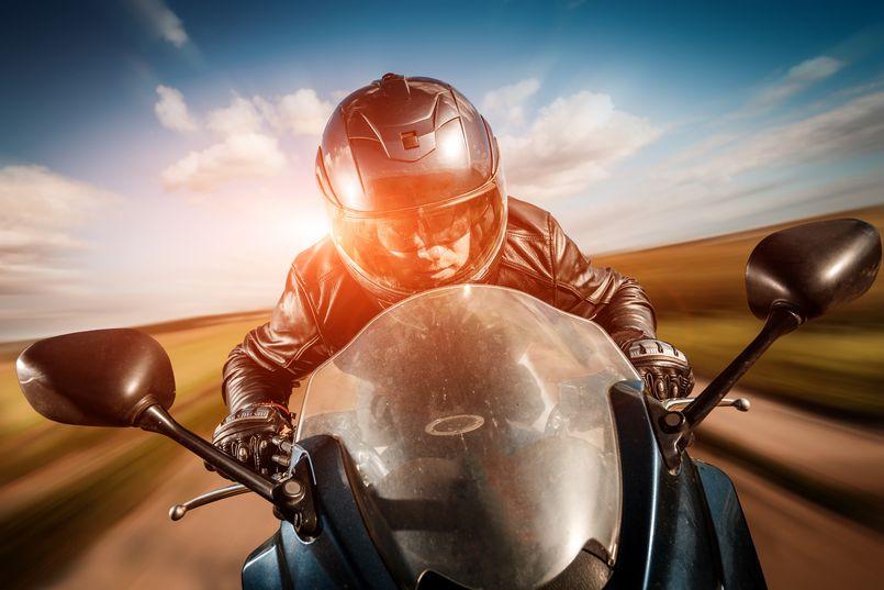Jakie akcesoria motocyklowe warto kupić?